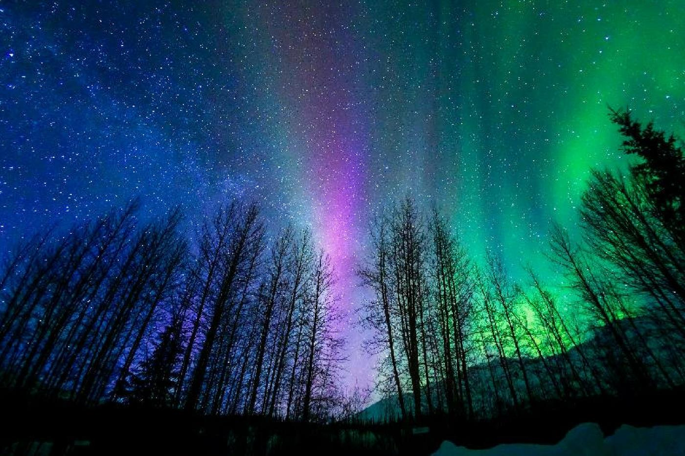 The Ethereal Beauty Of The Northern Lights Captured With Time Lapse  Photography
